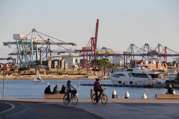 El puerto de Valencia analiza sus niveles de ecoeficiencia