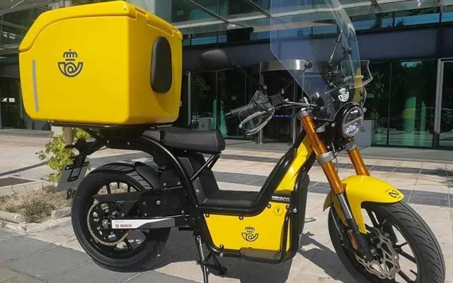 moto electrica de correos