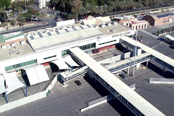 El puerto de Almería avanza en la instalación de su planta solar fotovoltaica