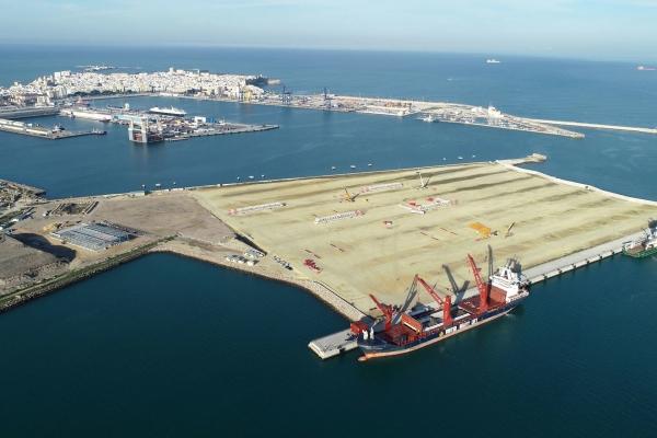 El puerto de Cádiz sigue adaptando el tráfico para la Nueva Terminal