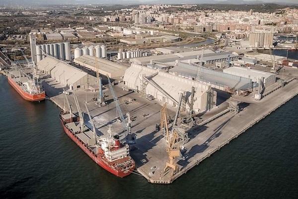 El puerto de Tarragona avanza en la reforma de sus instalaciones frigoríficas