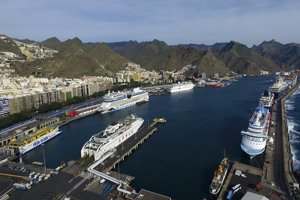 El puerto de Tenerife inicia prueba piloto para suministro eléctrico a buques con hidrógeno