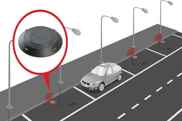 Las plazas de aparcamiento inteligentes llegarán a Valencia para 2021