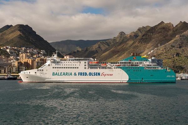 Baleària y Fred Olsen podrían aumentar los servicios entre Huelva y Canarias