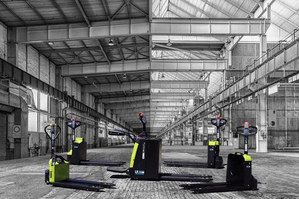 Clark lanza dos nuevas transpaletas eléctricas de la gama WPio