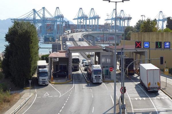 El puerto de Algeciras habilita nuevo carril para camiones en acceso norte