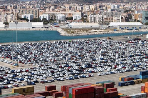 El puerto de Málaga retoma su actividad en los tráficos de automoción