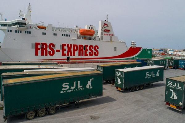 El puerto de Motril contará con un taller para vehículos pesados en ZAL