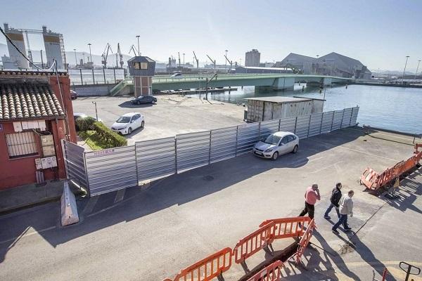 El puerto de Santander aplica más seguridad contra polizones en muelle Raos