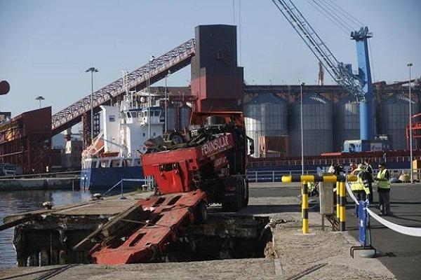 El puerto de Santander avanza en la renovación del muelle Maliaño