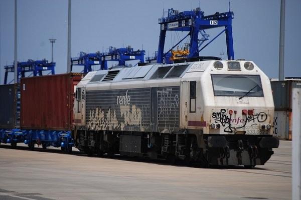 El puerto de Santander progresa en la renovación del acceso ferroviario al recinto
