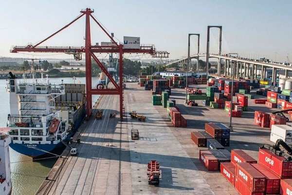 El puerto de Sevilla reparará la zona de operaciones del muelle Batán Norte