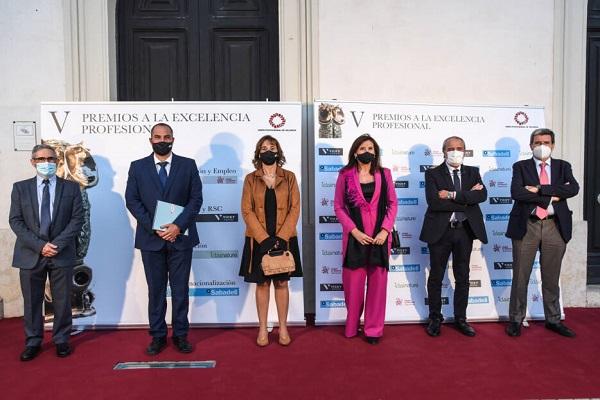 El puerto de Valencia es galardonado por su mejora en internacionalización