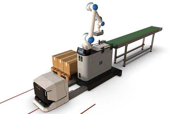 Un robot paletizador es capaz de desplazarse de forma autónoma con un AGV