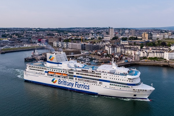 Brittany Ferries da los últimos retoques al buque Galicia