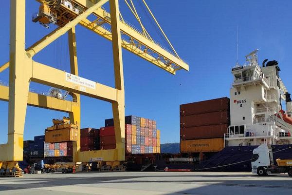 Containerships presenta nuevo servicio entre Ferrol y Canarias