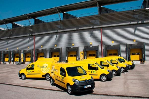 Correos añade 30 furgonetas eléctricas en Andalucía