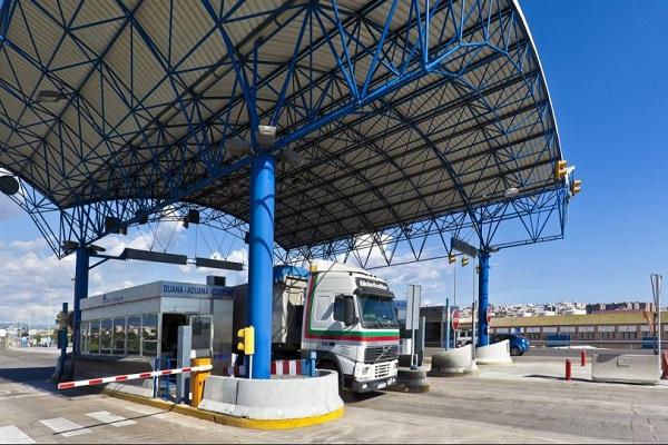 El puerto de Tarragona supera el tráfico de 78.000 camiones en octubre