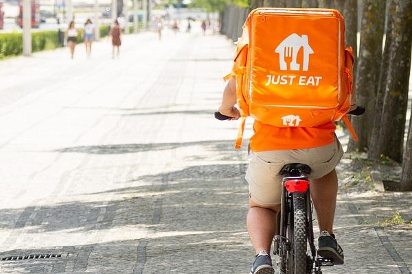 Just Eat Takeaway.com repartidores contratados