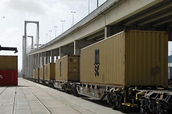 Los puertos de Huelva y Sevilla se añaden a la Red Logística de Andalucía
