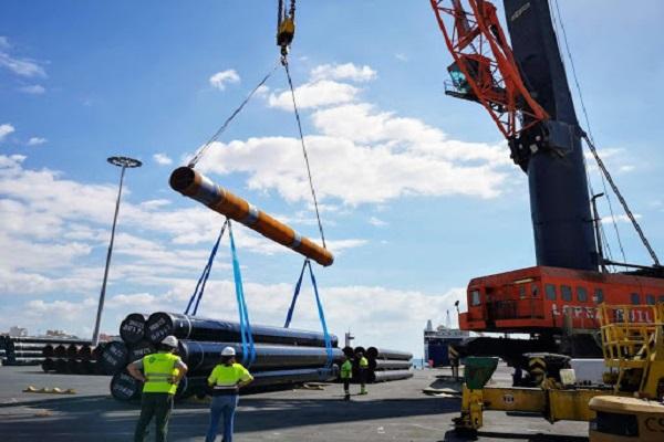 El Puerto de Almería mejora los tráficos de exportación en octubre