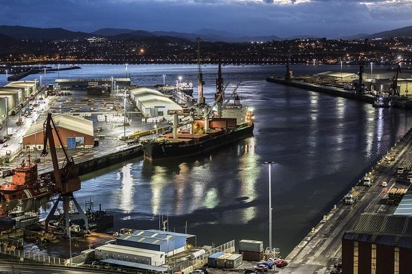 El Puerto de Bilbao comienza a realizar un plan estratégico de descarbonización