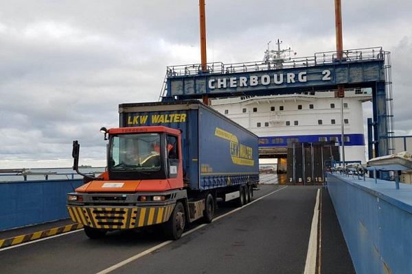 Brittany Ferries fortalece su servicio ro-ro de carga no acompañada con Reino Unido