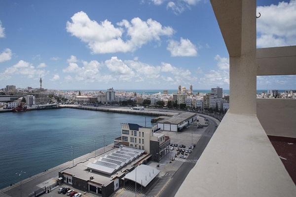 El Puerto de Cádiz modifica su plan comercial debido a la pandemia