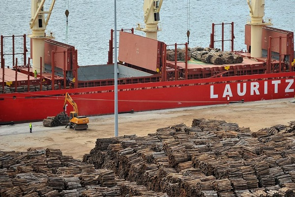 El Puerto de Ferrol aumentará el espacio destinado al tráfico de madera