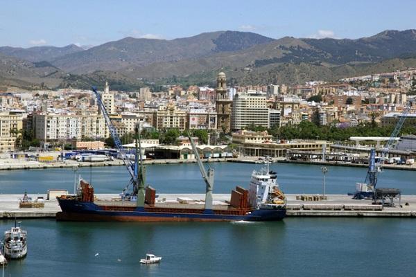 El Puerto de Málaga casi alcanza los tres millones de toneladas en 2020