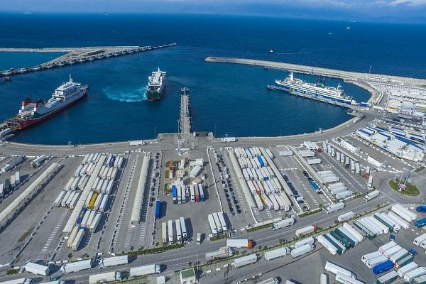El Puerto de Tánger-Med sobrepasa los 5,7 milllones de TEUs en 2020