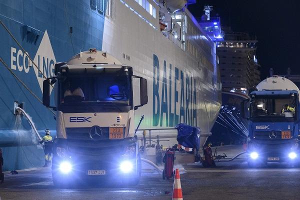 El Puerto de Valencia y Baleària encabezan las operaciones de suministro de GNL