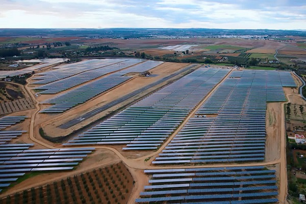 Alter Enersun construirá la planta fotovoltaica del Puerto de Huelva