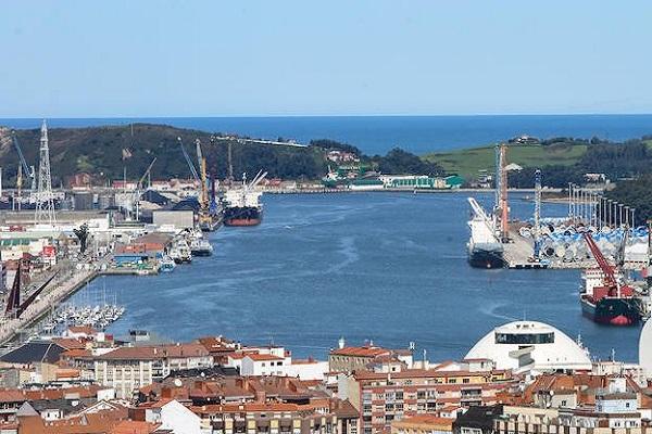 El Puerto de Avilés recibe propuestas para su próxima expansión