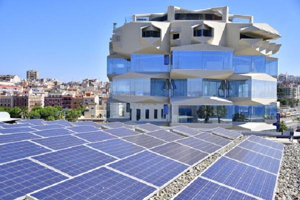 El Puerto de Tarragona utilizará placas fotovoltaicas en el Muelle de Costa