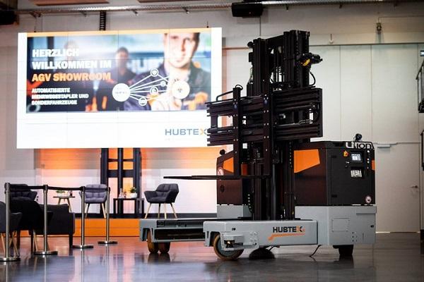 Hubtex presenta nueva carretilla elevadora eléctrica PhoeniX AGV