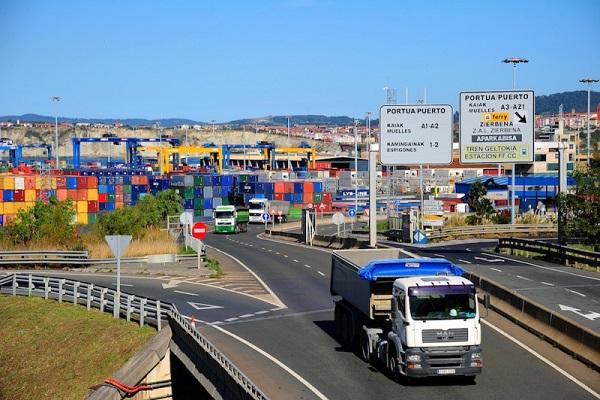 UniportBilbao presta atención a los servicios con Reino Unido en su web