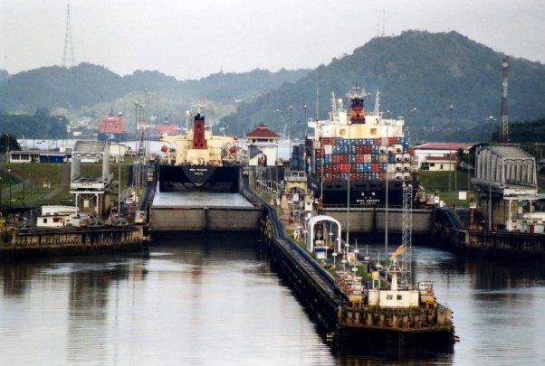 esclusas Panamax