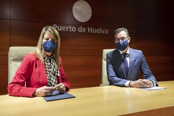 El Puerto de Huelva apuesta por la digitalización con Telefónica y Vodafone
