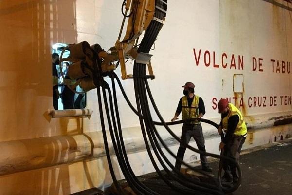 El Puerto de La Palma abre su suministro eléctrico a buques atracados