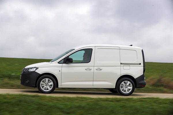 Volkswagen flota vehículos comerciales Adif
