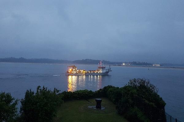 El Puerto de Santander da comienzo al dragado de sus aguas