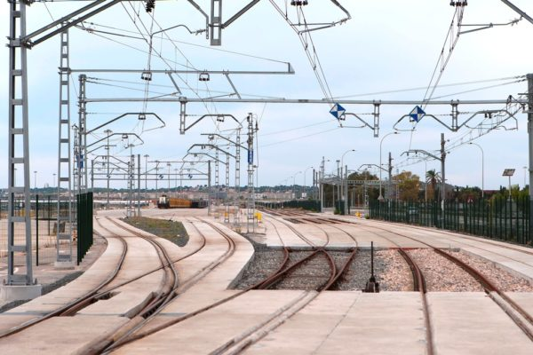 Puerto Tarragona servicios ferroviarios