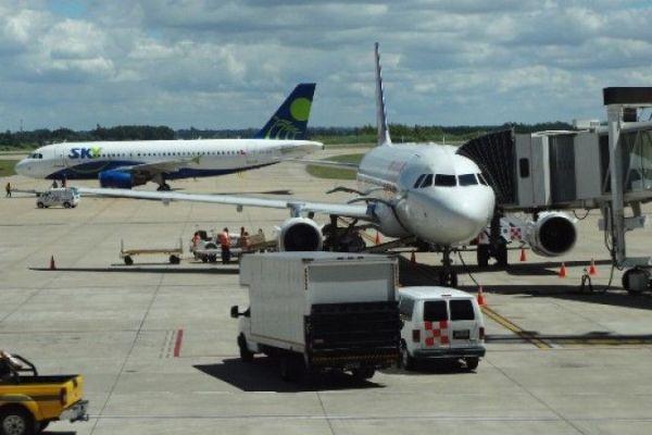 aeropuertos uruguay