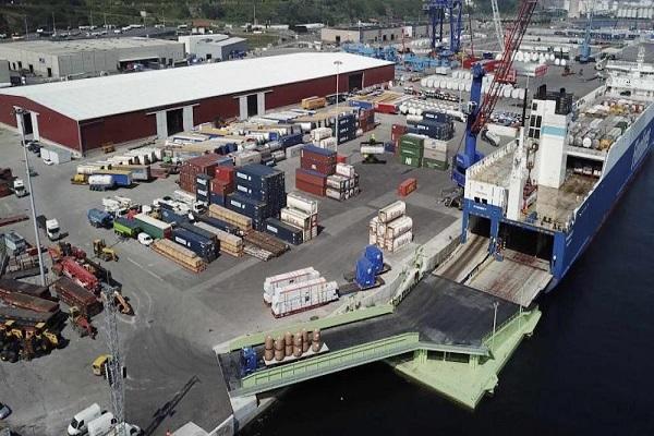 El Puerto de Bilbao concede más espacio a Consignaciones Toro y Betolaza