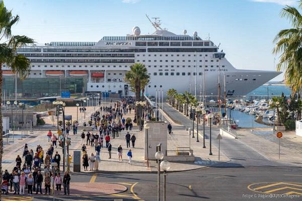 El Puerto de Cartagena retomará el tráfico de cruceros el 19 de junio