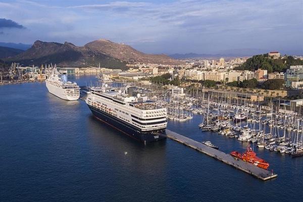 Puerto de Cartagena acogerá ocho escalas de cruceros en julio