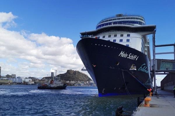 El Puerto de Alicante retoma la actividad crucerista