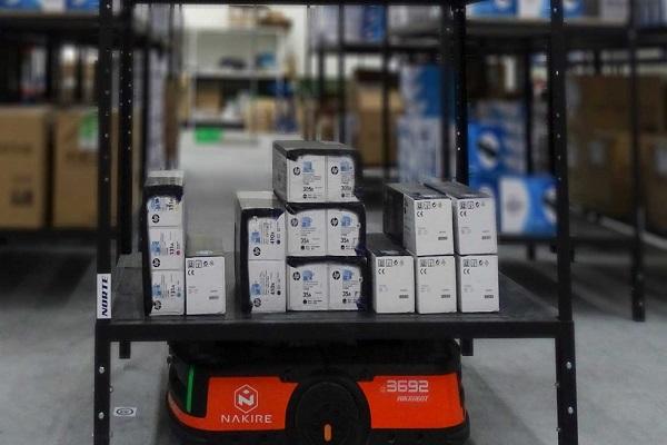 Grupo Ecotisa integra robots AMRs de Nakire en su operativa de almacén