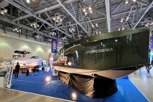 Nuevo barco eléctrico propulsado por hidrógeno diseñado por Vinssen
